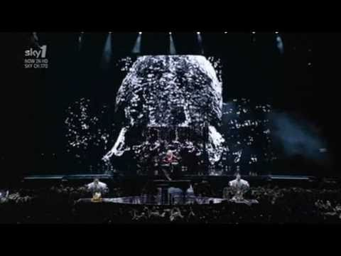 Madonna - Devil Wouldn't Recognize You (Sticky & Sweet Tour in Buenos Aires)