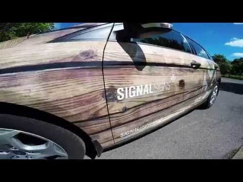 Signal Signs 'Wooden' Car