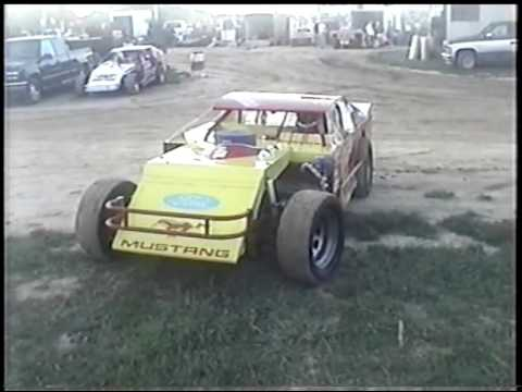 WARNING RACING #9    ( 2001 Quincy Raceways ) Quincy, IL