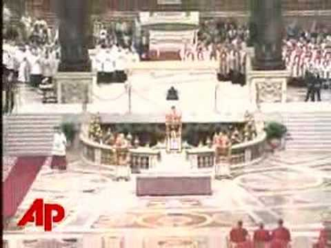 Pope Leads Good Friday Prayers