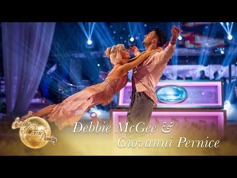 Debbie McGee & Giovanni Pernice Showdance to One Day I'll Fly Away - Final 2017