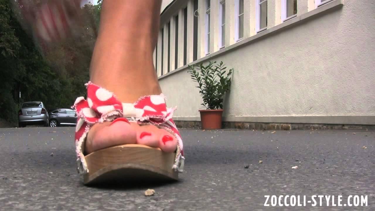 Style zoccoli Whois zoccoli