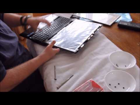 Replacing The Screen on an MSI cr620 Laptop