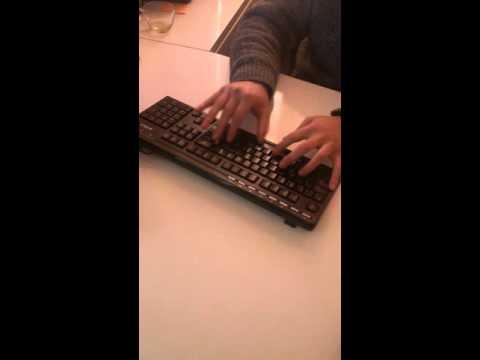 Q klavye 1 dakikalık hız deneme