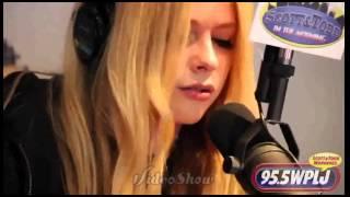 Video Here's To Never Growing Up acoustic-Avril Lavigne download MP3, 3GP, MP4, WEBM, AVI, FLV Juli 2018
