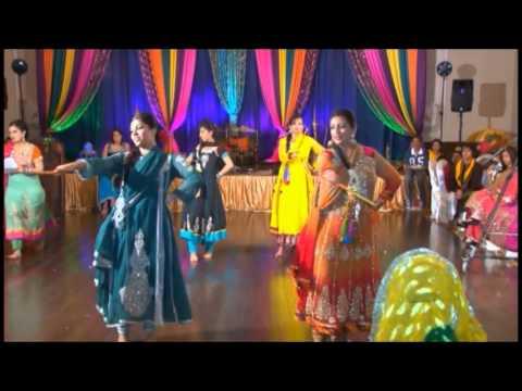 girls group mehndi dance you can review music of girls
