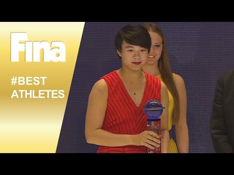 Mixed zone: Shi Tingmao - FINA Best Female Diver 2015