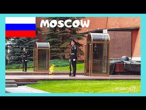 MOSCOW, last guard change, TOMB OF THE UNKNOWN SOLDIER (KREMLIN, RUSSIA)