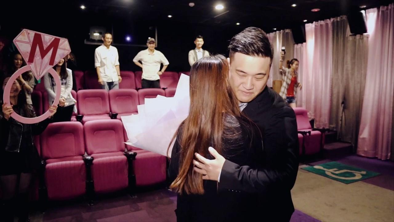 『電影院求婚』這是一場欠了許久的求婚~最感動的求婚啊~(求婚職人Line:jedybest 電話:0935999939) - YouTube