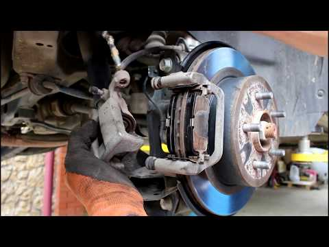 Замена задних тормозных колодок на Ниссан Х трейл 2014 года Nissan X TRAIL