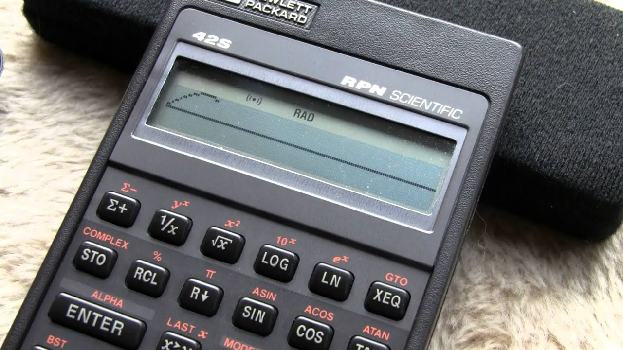 HP 42S Scientific RPN Calculator Plotting SIN function on Display ...