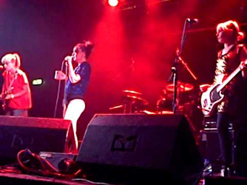 The Julie Ruin [Full Set] (live@the Electric Ballroom, London, UK, 26/05/2015)