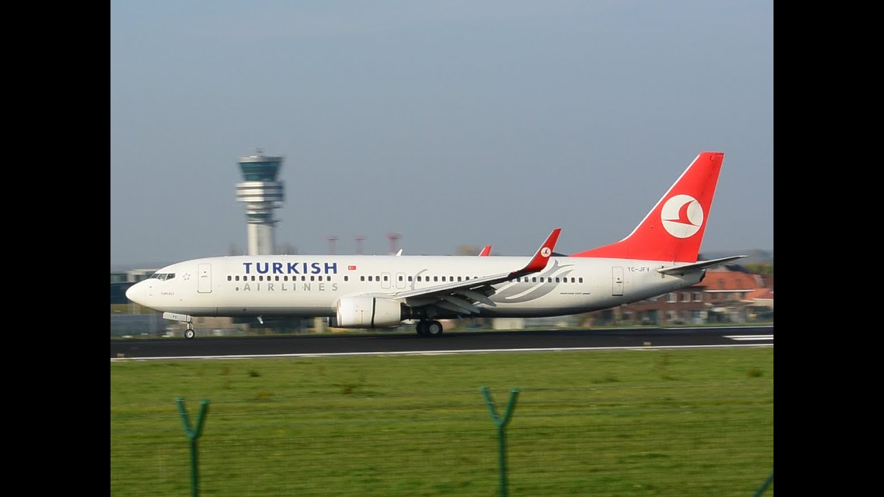 turkish airlines tc jfv boeing 737 8f2 wl landing brussels airport youtube. Black Bedroom Furniture Sets. Home Design Ideas