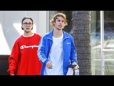 Justin Bieber Is Greeted By Impersonator After Spin Class