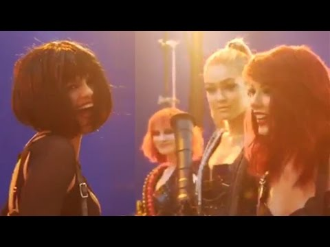 "Selena Gomez & Taylor Swift ""Bad Blood"" BTS Video!"