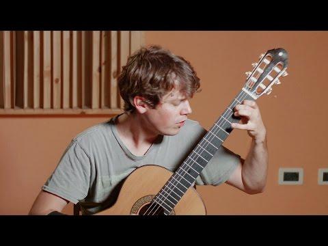 Francisco Tarrega: Lagrima (Uros Baric, classical guitar)