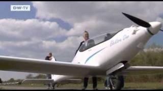 Battery powered plane gets a test flight - Elektra One - D-MELN