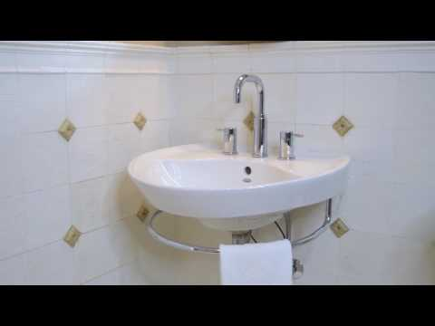 American Standard Universal Bathroom Design