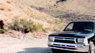"""BluffRacingTeam 1994 Toyota Hilux """"Guam Trucks"""""""
