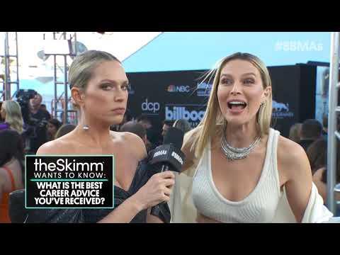 Erin Foster & Sara Foster Red Carpet Interview - BBMAs 2019