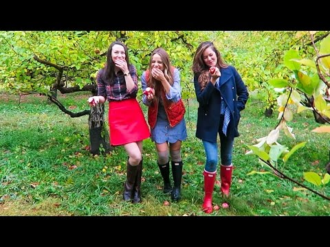 (MORE) APPLE PICKING WITH JULIA & ROSIE