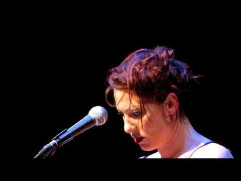 Amanda Palmer - Pirate Jenny (from Threepenny Opera)