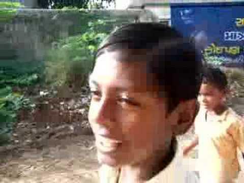 Gujarati kid sings