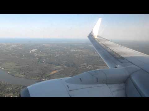 Transavia B737-700 landing at Aéroport de Biarritz-Anglet-Bayonne