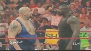 vuclip Shaquille ONeal VS The Big Show - WWE Monday Night Raw!