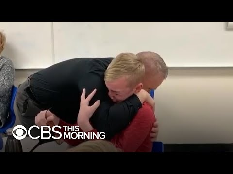 Colorblind student bursts into tears after seeing color for the first time