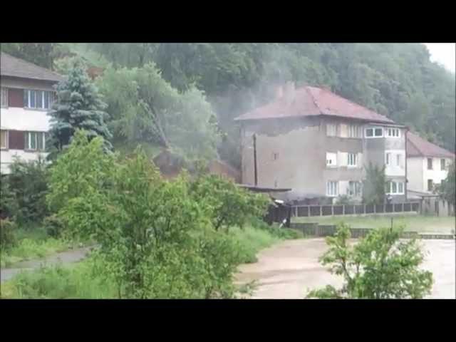 Snimak klizista u Nemili - Poplave u BiH Maj 2014