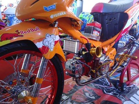 Detail Modifikasi Motor Honda Blade Drag Style Thailand