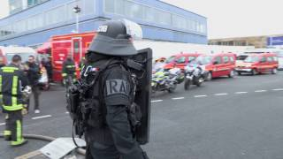 Attaque à Orly : Le RAID sort de l'aéroport après l'attaque