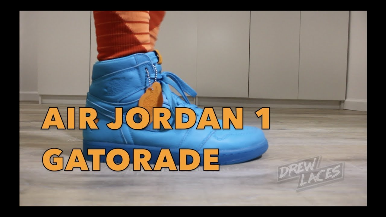 b08a27e555bf Air Jordan 1 Gatorade Blue Lagoon on Feet - YouTube