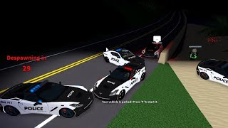 Roblox ULTIMATE DRIVING 05 - COPS EVERYWHERE w/ chrisatm
