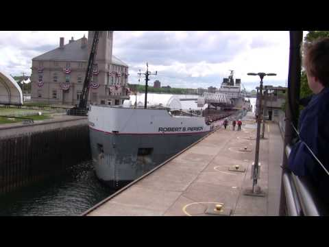 Ship through the Soo Locks in HD 6-9-09