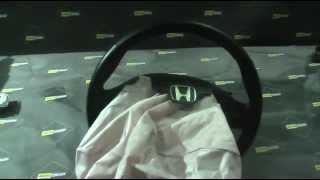 Видео теста восстановленной подушки безопасности Honda CRV AIRBAG(Доп. информация на нашем сайте www.autocrash.ua Видео восстановления подушки безопасности для honda crv Ремонт подушки..., 2015-01-27T22:19:50.000Z)