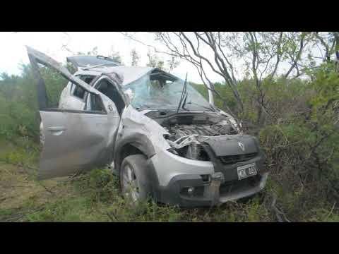 Un impresionante vuelco dejó dos heridos en Río Colorado | Diario Río Negro