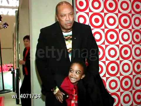 Khamani Griffin Pinches Quincy Jones on Red Carpet