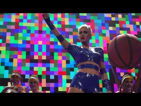 Katy Perry - Swish Swish: Witness: The Tour Opening Night in Montreal (09/19/2017)