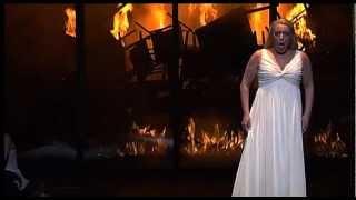 Nina Stemme singing