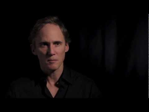 A minute with Neal Huff 1