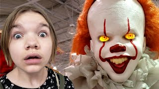 PENNYWISE RETURNS! Spirit Halloween Props & Decorations