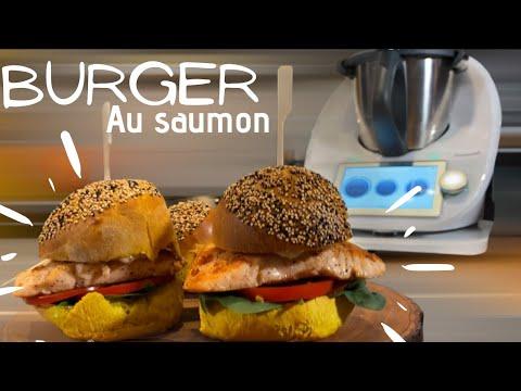 pain-burger-curry-au-saumon-au-thermomix®