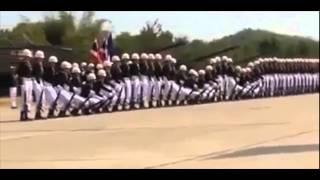 Baris berbaris super lucu (Gelombang Barisan Terbaik di Dunia)