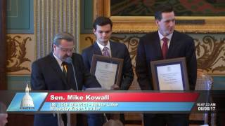 Sen. Kowall honors 2017 Fitzgerald Award winners