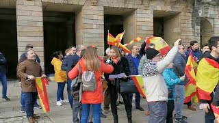 Tensión en la concentración de 'España Existe' y Vox en Santiago de Compostela