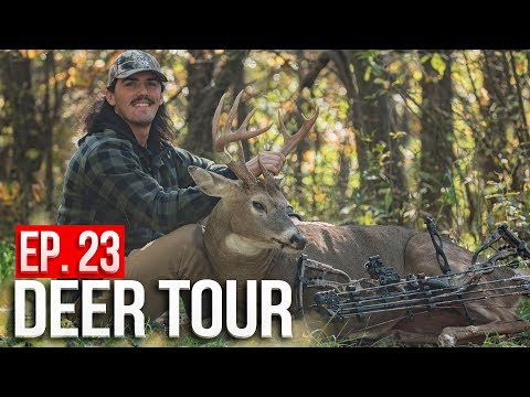 PUBLIC LAND BUCK At 10 YARDS! On The Board In IOWA! - DEER TOUR E23
