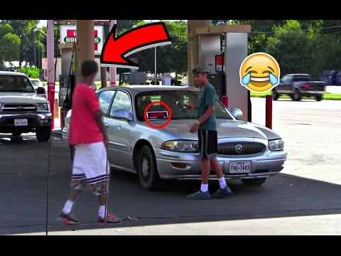FOR SALE SIGNS ON CARS IN THE HOOD PRANK!!