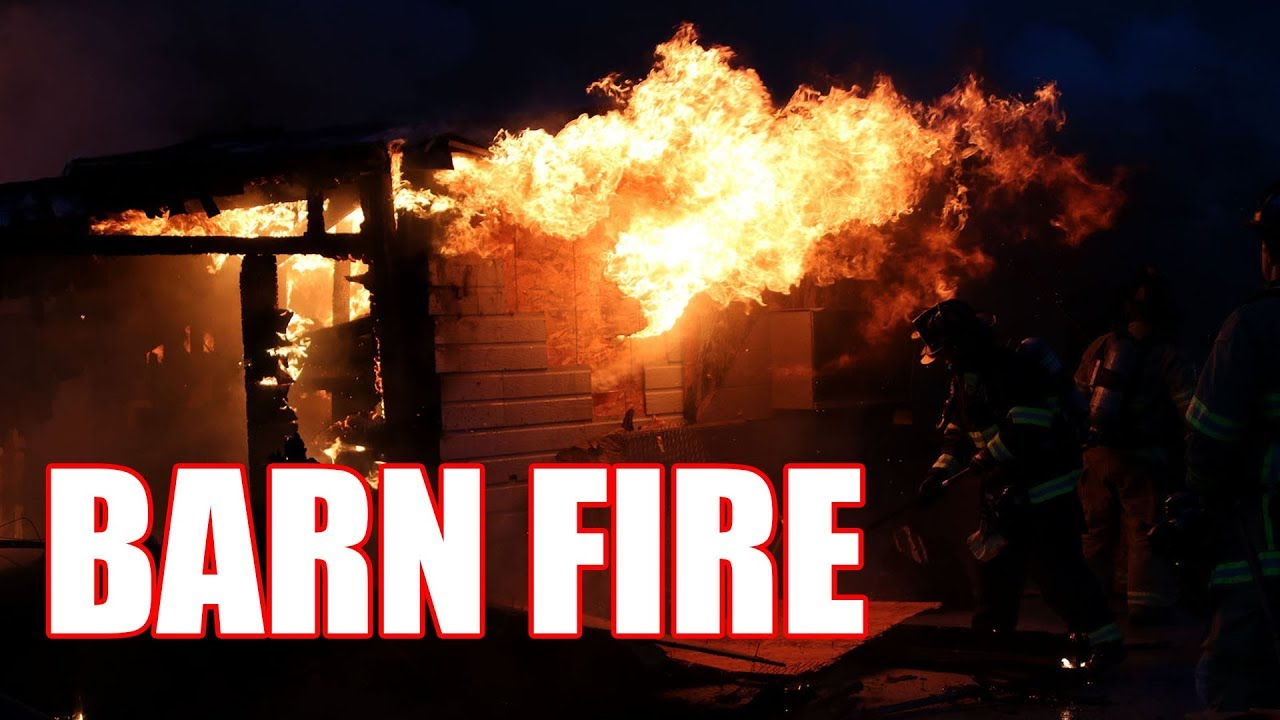 Firefighters Battle Barn Fire in Brentwood - YouTube